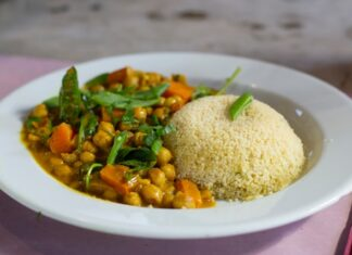 How to cook couscous?