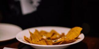 How to make nachos?